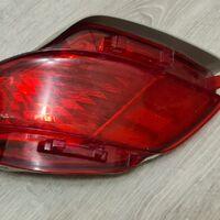 задний габаритный фонарь на Lexus rx