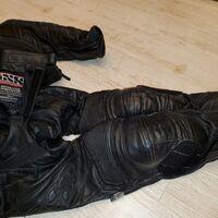 Комплект защитный IXS куртка и штаны нат.кожа