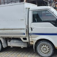 Будка, легкосъёмная в кузов грузовика.