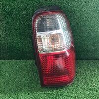Стоп-сигнал Toyota Hilux Surf KZN185 задн. прав. (б/у)