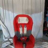 Детское кресло фирмы Чико крепление изофикс