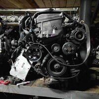Двигатель Toyota Voxy AZR65 1AZFSE перед. (б/у)