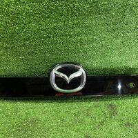 Накладка 5-й двери Mazda Cx-7 ER3P задн. (б/у)