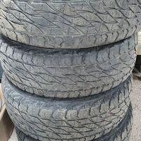 Bridgestone Dueler A/T 275/65R17