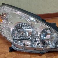Фара Nissan Wingroad Y11 00- ксенон в сборе правая , светлый хром