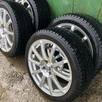 Продам  комплект колес  215 45  R17