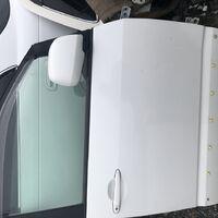 Три двери в отличном состоянии Toyota Voxy