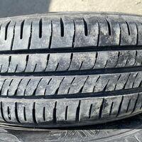 Продам шины летние dunlop 175/65 r15 = 4 штуки, цена 9 000 р.