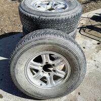 Продам колёса в сборе Dunlop Grandtrek