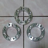 Проставки  колёсных  дисков  6 х 139. 7, + 30 мм, ЦО 108 мм.