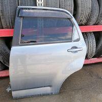Задняя левая дверь на Toyota Rush
