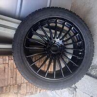 Комплект колёс 245/45 R18