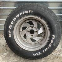 Продам пару редких шин BF Goodrich Radial AT 275/60R15