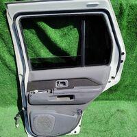 Дверь Nissan Terrano PR50 задн. прав. (б/у)