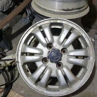 Хонда CR-V. 4 отверстия