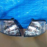 Габарит Nissan Ad/Wingroad Y11 99-05 год светлые левый/правый