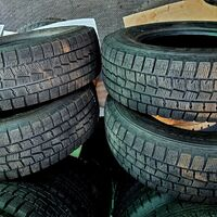 Шины 205/70/14 Dunlop Winter Maxx WM01, износ 3%. Без пробега по РФ