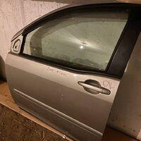 Продам дверь Toyota Raum левая передняя цвет серый
