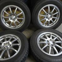 отличный комплект колес 215/65r16