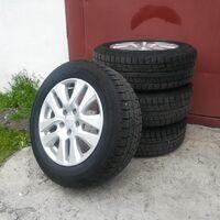 Продам комплект колес для Honda Vezel