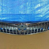 Решетка радиатора Toyota Corolla Axio 12-15 год