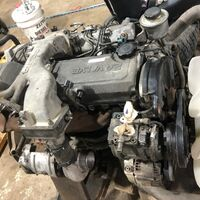 Двигатель на toyota land cruiser hdj81 1hd-ft