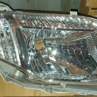 Фара Toyota Corolla Axio/Fielder #ZE14# 06-12 год , правая, светлая