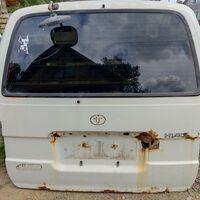 Дверь задняя Toyota Hiace