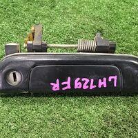 Ручка двери внешняя Toyota Hiace LH129 перед. прав. (б/у)