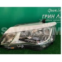 Реснички на фары для Toyota Corolla Axio Fielder NZE164