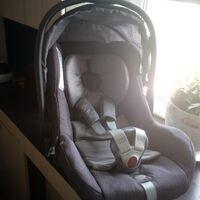 Детское автокресло-люлька Inglesina Huggy Multifix(0 - 13)