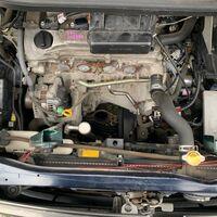 Радиатор двс Toyota Voxy AZR60 1AZFSE 2006 перед. (б/у)