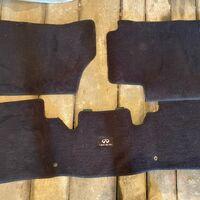 Продам ковры в салон QX80. Велюр, моющиеся