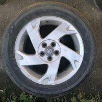 Продам шины с дисками 205/60R16