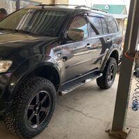 Продам почти новый комплект колёс 275/65-18