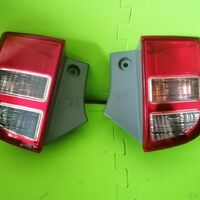 Задние нижние фонари Toyota isis