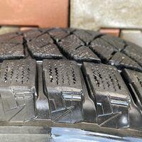 Зимняя резина Bridgestone dm-v2. 265/65/18