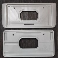 Штатные номерные рамки Subaru Levorg
