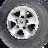 Продам колёса в сборе, стояли на ТЛК100. 285/75R16