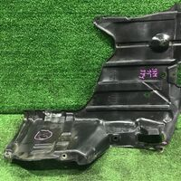 Защита двс Toyota Ipsum SXM15 3sfe 1996 перед. прав. (б/у)