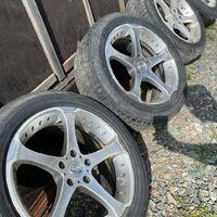 Комплект колес с дисками Sakura.