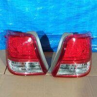 Стоп-сигнал Toyota Corolla Axio 12-15 год левый/правый