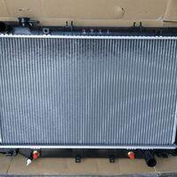 Радиатор охлаждения Toyota Land Cruiser 80 90-98 год, бензин/дизель
