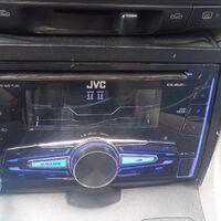 Продам магнитолу JVC