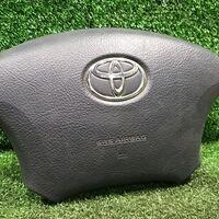 Подушка безопасности руля Toyota Voxy AZR60 1AZFSE 2006 перед. прав. (
