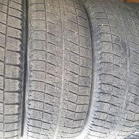 Bridgestone Blizzak Revo 2 215/60R17