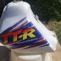 Бензобак Yamaha TT-R 250, TT250R 1995 года