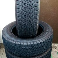 Шины 225/65/17 Bridgestone Blizzak DM-V2, износ 15%. Без пробега по РФ