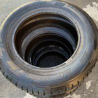 Продам зимние шины Pirelli ice zero в хорошем состоянии